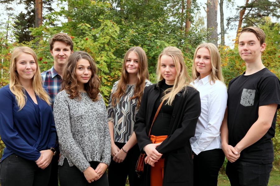 Louise Lundblad, Axel Lundkvist, Lisa Höglund, Tove Engvall, Sofia Göransson, Anna Wahlberg, Pontus Törnblom (saknas gör Elisabet Crona)