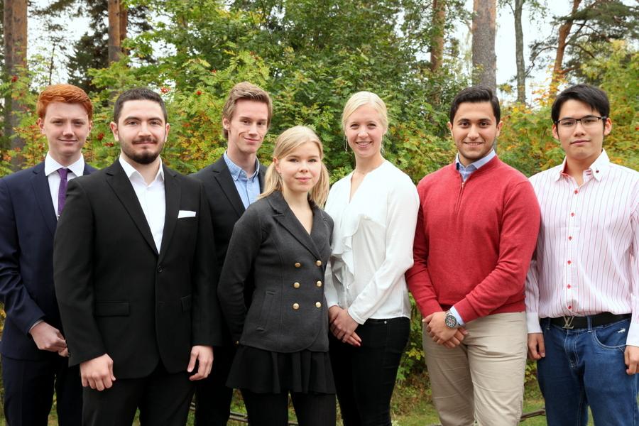 Joel Andreasson, Ebaa Asaad, Andreas Gustafsson, Caroline Hjertner, Olivia Norlin, Mustafa Al-Janabi, Jirapas Suwannopas